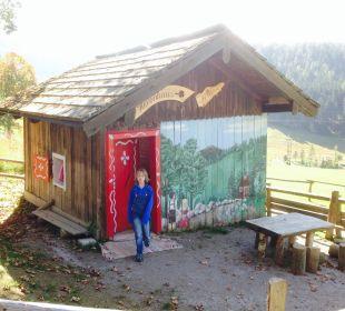 Hexenhaus für Kinder oberhalb der Seitenalm Familotel Seitenalm