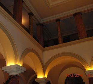 Blick vom Lobby nach oben Hotel Terrace