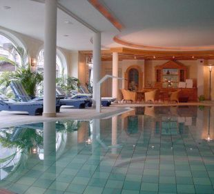 Pool-Anlage Hotel Schwarzer Adler