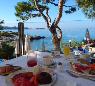 Frühstück mit Ausblick Universal Hotel Lido Park