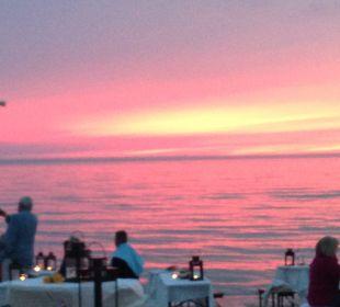Sonnenuntergang bei Strandparty Strandhotel Fischland