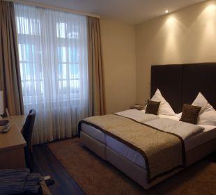 Superior Doppel-Eck-Zimmer Hotel Merkur