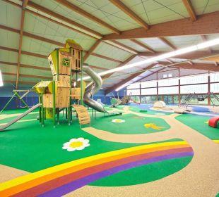 1.200 m² Indoor-Spielplatz Familotel Hotel Sonnenhügel