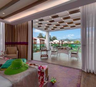 Superior Villa Schlafzimmer mit Poolblick Hotel Rixos Premium Tekirova
