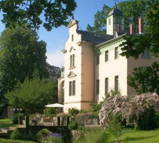 Outside picture Therese-Malten-Villa