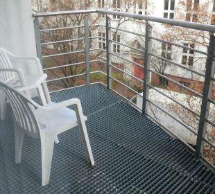 Balkon Victor's Residenz Hotel Berlin Tegel