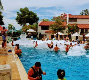 Pool Hotel BlueBay Villas Doradas