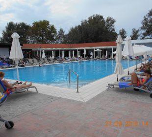 Pool Hotel Louis Zante Beach