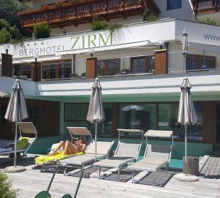 Außenpool Kronplatz-Resort Berghotel Zirm