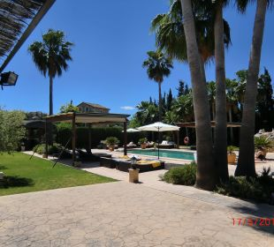 Impressionen am Pool Agroturismo S'Hort de Son Caulelles