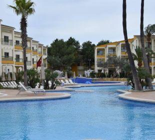 Großer Pool Hotel Viva Tropic