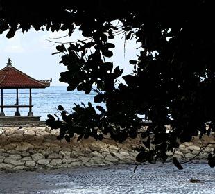 Strandspaziergang COOEE Bali Reef Resort