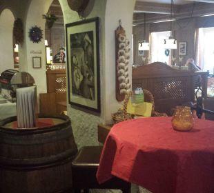 Frühstücksbereich Morgens / Abends Restaurant Romantik Hotel Sonne