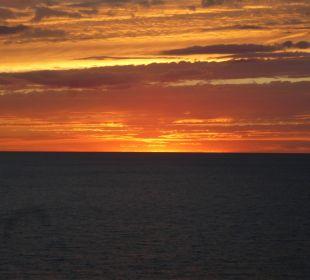 Sonnenuntergang hinterm Hotel SENTIDO Porto Soller