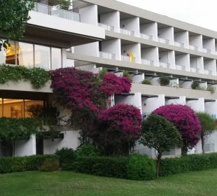 Haupthaus des Hotels Kontokali Bay Resort & Spa