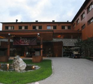 Hotel Auffahrt ; Hotel Mohr Life Resort