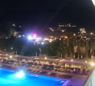 Basen i widok na Turunc Hotel Turunc
