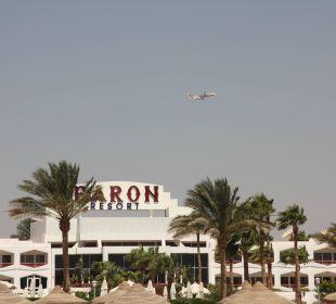 Baron Resort mit Flugzeug