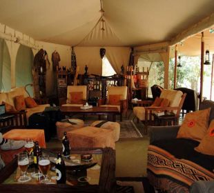 Aufenthaltszelt mit Bar Mara Bush Camp