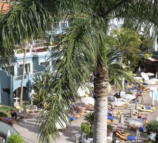 Pool und Terrasse Adrián Hoteles Colón Guanahaní