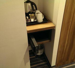 Kaffeeniesche+Safe Hotel Holiday Inn Express Hamburg City Centre