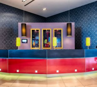 Front Office Leonardo Royal Hotel Munich