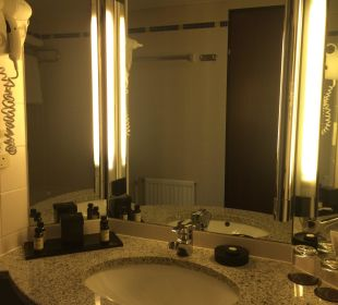 Bathroom mirror Hotel Am Konzerthaus - MGallery collection