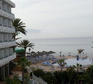 Aussicht vom Balkon VIK Hotel San Antonio