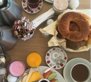 Gratis Frühstück im Zimmer für Honeymoon Pärchen Hotel Delphin Imperial