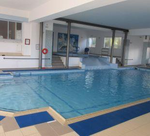 Schwimmbad AKS Annabelle Beach Resort