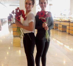 Blumen zum Muttertag Hotel Narcia Resort Side