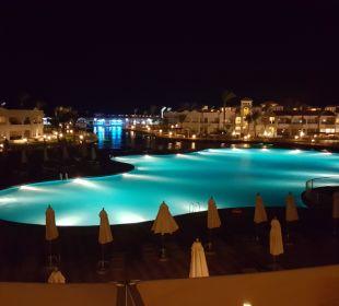 Castello Pool Dana Beach Resort