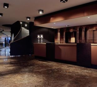 Lobby Hotel Holiday Inn Villach