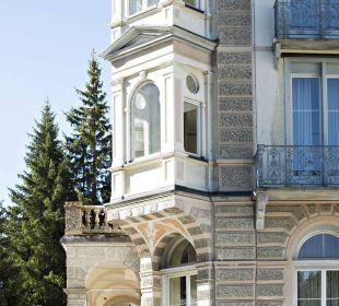 Blick auf Eckzimmer Hotel Reine Victoria by Laudinella