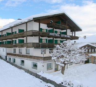 Hotel Strobl im Winter Strobl