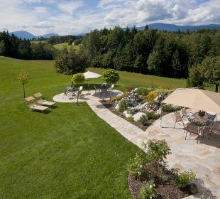 Neu gestaltete Gartenanlage Appartements & Zimmer Almhof Koren