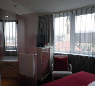 Blick ins Badezimmer Hotel Holiday Inn Villach