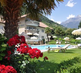 Poolanlage bei Residence Hotel La Maiena Meran Resort