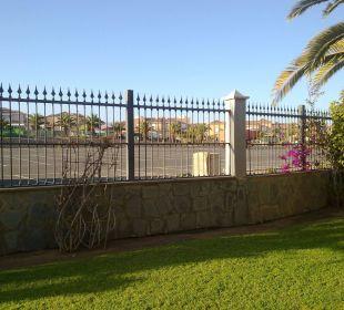 Blick Richtung Parkplatz Lopesan Villa del Conde Resort & Spa