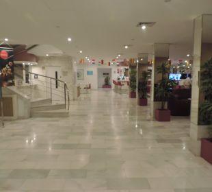 Stilvolle Lobby JS Hotel Sol de Can Picafort
