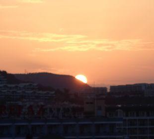 Sonnenaufgang Hotel Titan Select