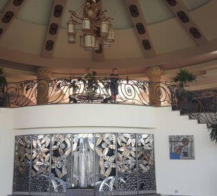 Wejście do lobby Jungle Aqua Park