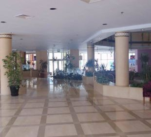 Eingangsbereich - immer sauber Hotel Hilton Hurghada Plaza