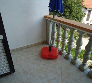 Die andere Seite vom großen Balkon Villa Pavlinka