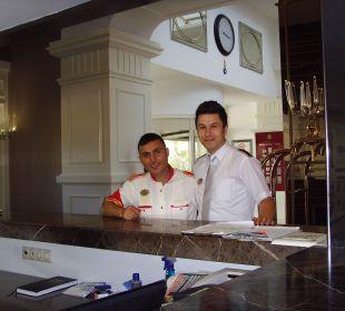 Sehr hilfsbreite und freundliche Kofferträger Hotel Delphin Diva Premiere