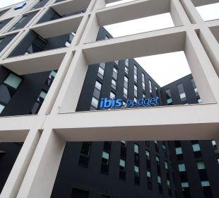 Außenfassade Ibis budget Hamburg City