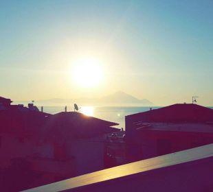 Sonnenaufgang von der Dachterrasse Hotel Apollon