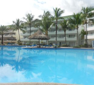 Pool Hotel Isla Caribe Beach