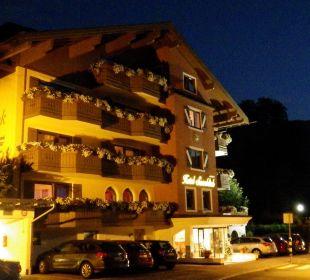 Strasseseite Hotel Sonnblick