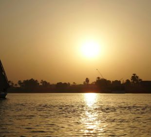 Sonnenuntergang auf dem Nil Achti Resort Luxor